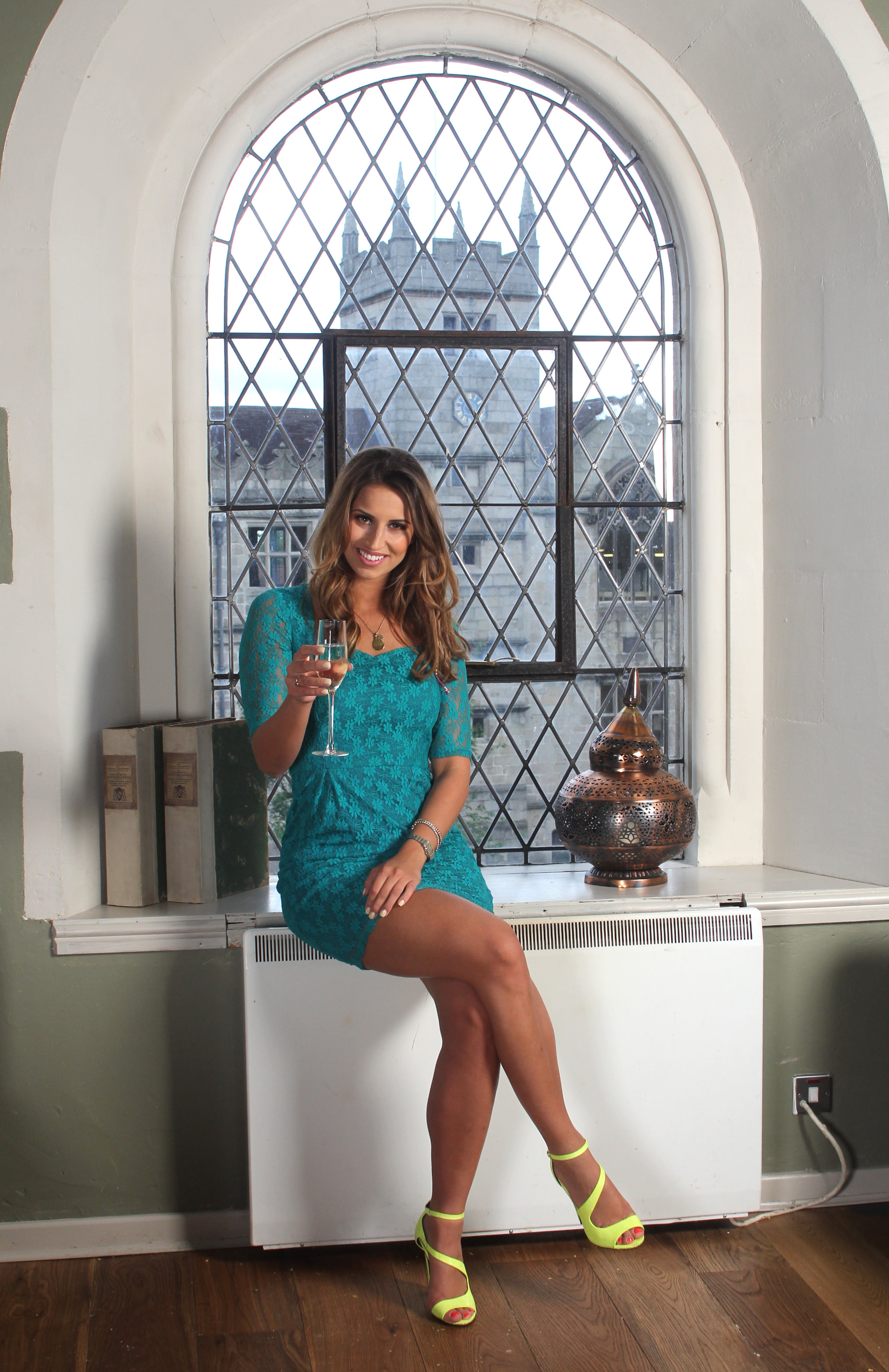 The Only Way Is Essex  TV Star Ferne McCann to launch St Nicholas Bar and  Spa in Shrewsbury.   e327b7e52